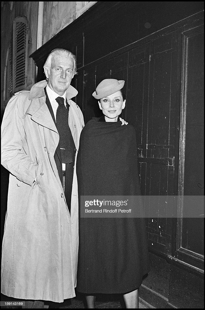 Hubert De Givenchy And His Muse Audrey Hepburn In Paris : News Photo