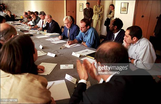 Hubert Vedrine on official visit to Pakistan and India in Islamabad Pakistan on November 02 2001 Hubert Vedrine meets with NGOs and International...