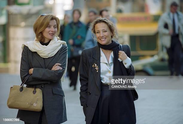 Hubert Vedrine Two Days Visit In Moscow. Moscou - 28 et 29 septembre 2000 - Lors d'une visite de deux jours en Russie de Hubert VEDRINE, ministre des...