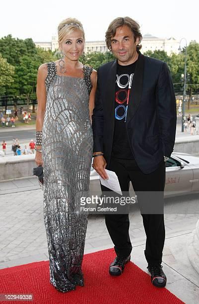 Hubertus von Hohenlohe and partner Simona Gandolfi attend the amfAR Gala Vienna 2010 as part of the Life Ball 2010 at Parliament Of Austria on July...