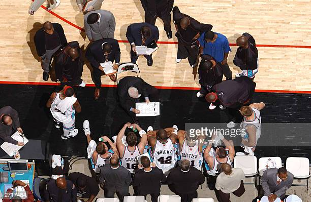 Hubie Brown, head coach of the Memphis Grizzlies, addresses his team during a timeout in NBA action against the Los Angeles Lakers at the Pyramid...