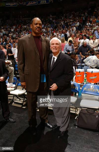 Hubie Brown head coach of the Memphis Grizzlies and NBA legend Artis Gilmore greet each other before the Memphis Grizzlies play the San Antonio Spurs...