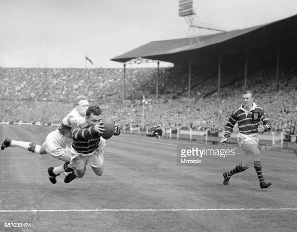 Huddersfield score a try in the Rugby League Cup Final at Wembley Wakefield Trinity went on to win the match 12 6 11th May 1962