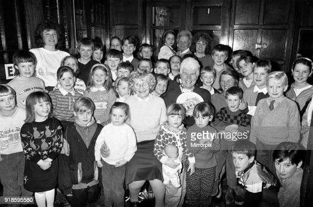 Huddersfield swimming club is more than 50 years old has closed with it's leaders retirement. Mrs Hazel Kaye, of Almondbury, has run Huddersfield...