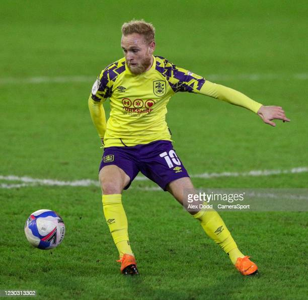 Huddersfield Town's Alex Pritchard during the Sky Bet Championship match between Barnsley and Huddersfield Town at Oakwell Stadium on December 26,...