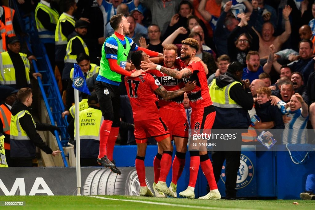 FBL-ENG-PR-CHELSEA-HUDDERSFIELD : News Photo