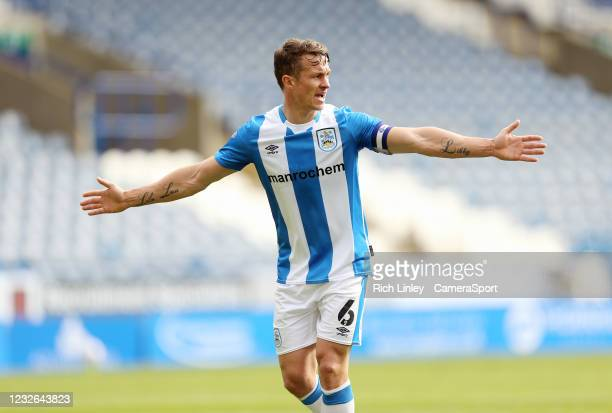 Huddersfield Town's Jonathan Hogg during the Sky Bet Championship match between Huddersfield Town and Coventry City at John Smith's Stadium on May 1,...