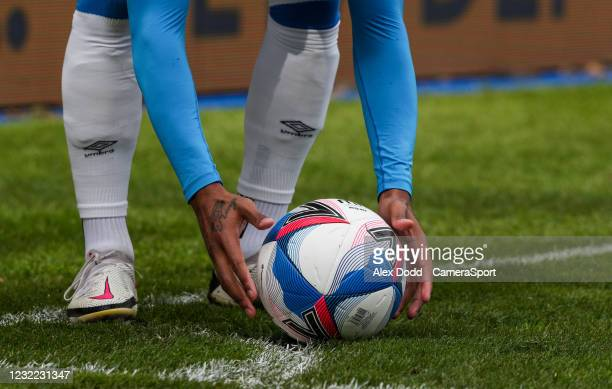 Huddersfield Town's Juninho Bacuna takes a corner during the Sky Bet Championship match between Huddersfield Town and Rotherham United at John...