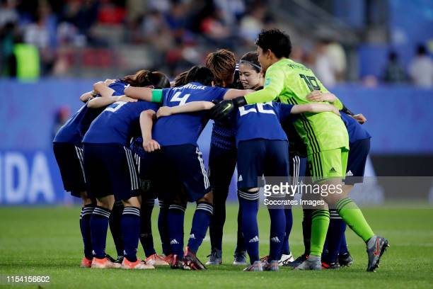 Huddle of Japan Women during the World Cup Women match between Holland v Japan at the Stadion Roazhon Park on June 25, 2019 in Rennes France