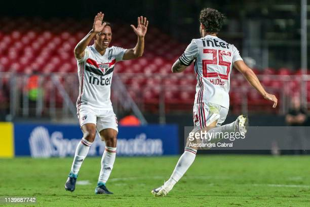 Hudson of Sao Paulo celebrates his first goal second of the day with teammates during the match between Sao Paulo and Botafogo as part of Brasileirao...