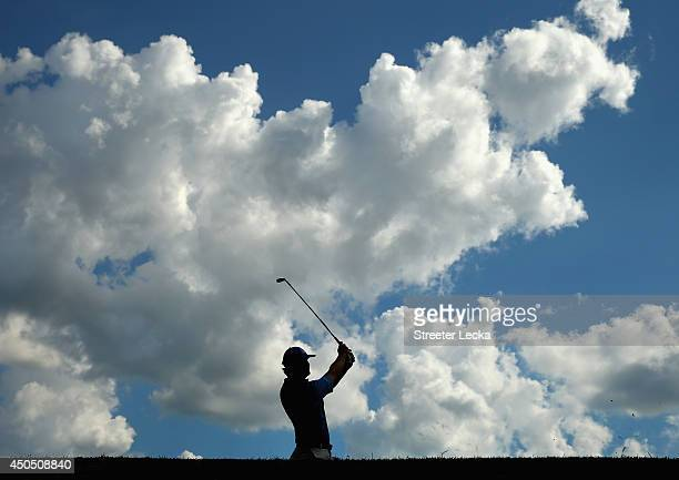Hudson Swafford of the United States hits his tee shot on the 15th hole during the first round of the 114th US Open at Pinehurst Resort Country Club...
