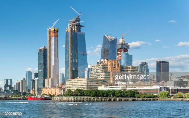 hudson yards development - new york - hudson yards stock pictures, royalty-free photos & images