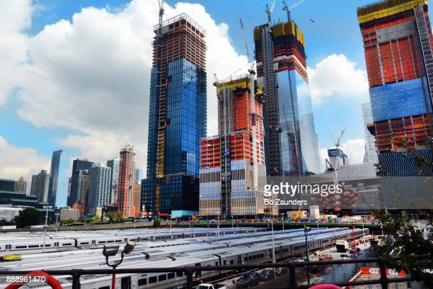 hudson yards in new york city - hudson yards stock pictures, royalty-free photos & images