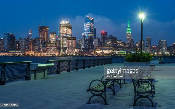 hudson yards night view - new york - hudson yards stock pictures, royalty-free photos & images