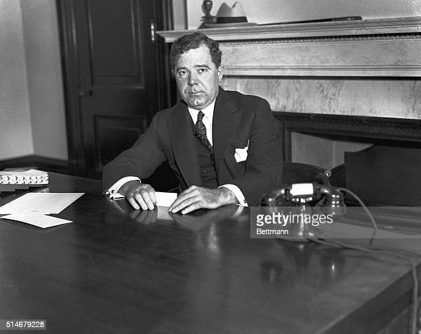 Huey Long was the charismatic populist governor of Louisiana He was tremendously popular with the citizens of Louisiana and used his charm to put...
