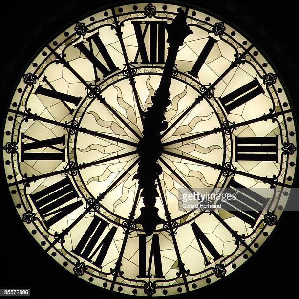 huge clock  - clock face stock pictures, royalty-free photos & images