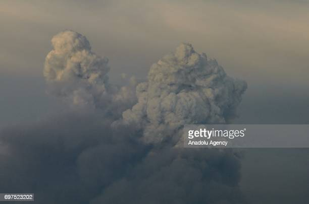 Huge cloud of smoke is seen from Main road N356 40km from Avelar in Calhorda Portugal on June 18 2017 A forest fire has claimed 61 lives in Portugal...