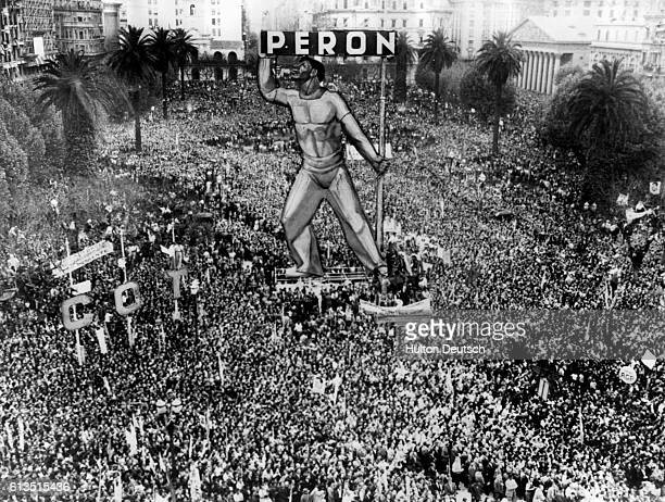 A huge crowd gathers in the square in front of the Presidential Palace in Buenos Aires to show support for Argentine President Juan Peron