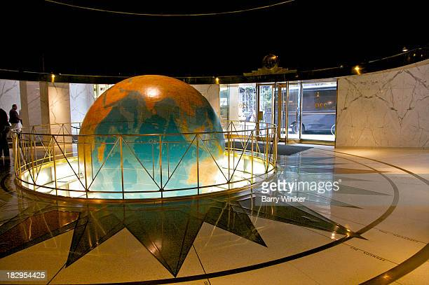 huge globe inset in marble floor lobby - 1920 1929 stock pictures, royalty-free photos & images