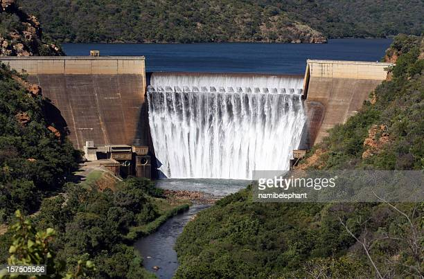 a huge hydro electric dam on a major river - mpumalanga province stock pictures, royalty-free photos & images