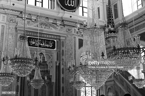 huge pendant lamps inside the mosque ortaköy - black and white instant print stock pictures, royalty-free photos & images