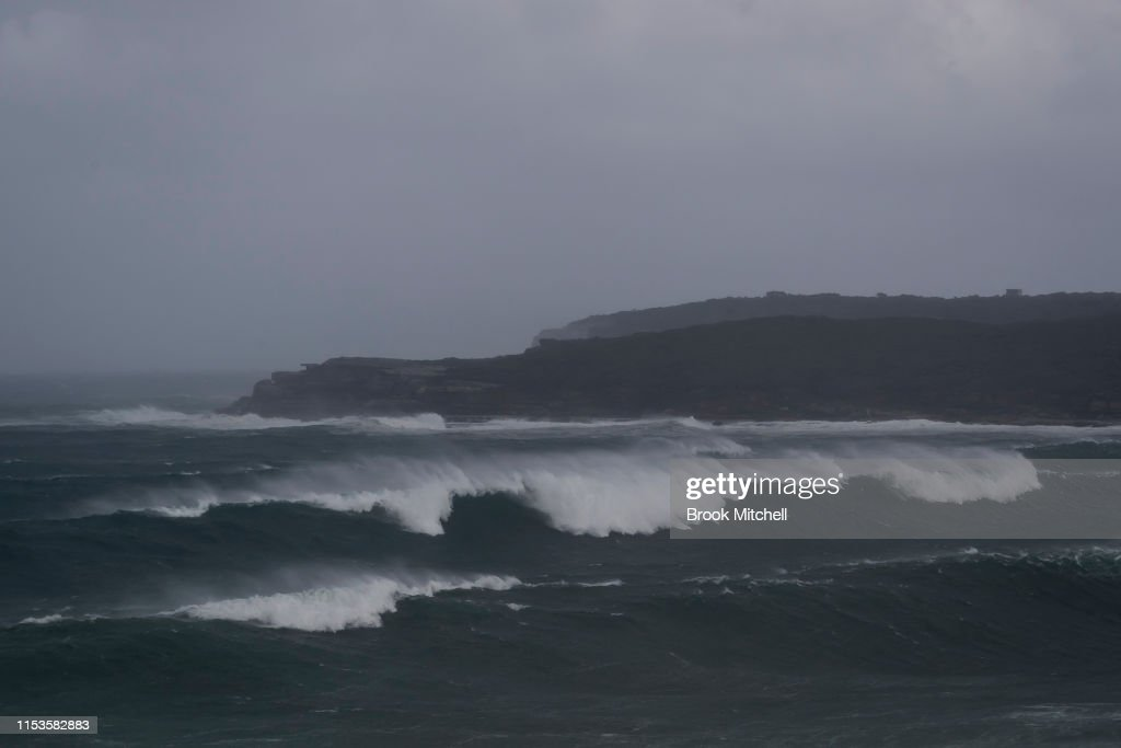 Large Swells Hit Sydney Beaches As Severe Weather Warning Is Issued For NSW Coast : News Photo