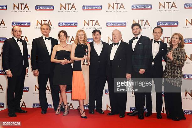 Hugh Bonneville Raquel Cassidy Laura Carmichael Jeremy Swift Julian Fellowes Michael Fox Harry HadonPatten and Phyllis Logan of Downton Abbey with...