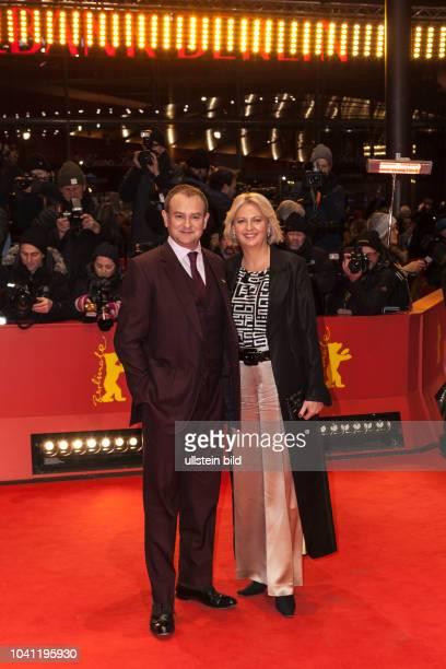 Hugh Bonneville und seine Ehefrau Lulu Evans auf der Berlinale für den Film Viceroy's House am