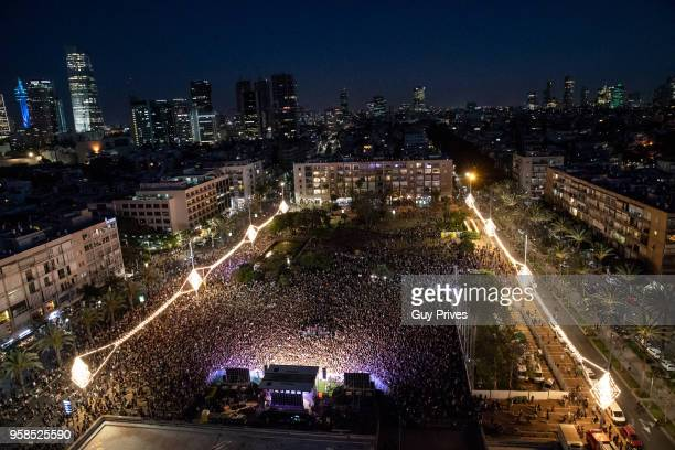 A hugh crowd attends the Netta Barzilai Eurovision 2018 winner performance at Rabin Square on May 14 2018 in Tel Aviv Israel