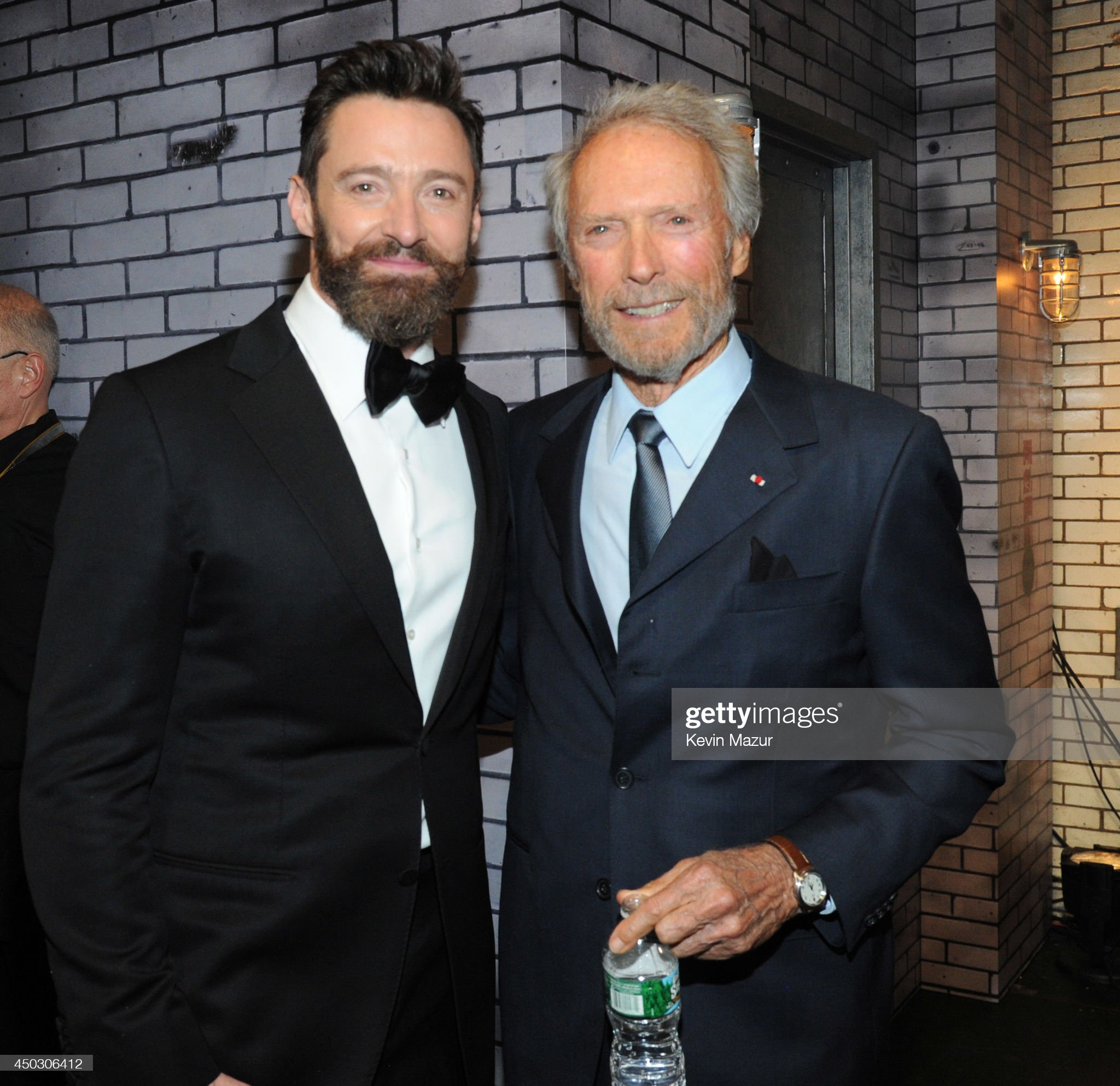 ¿Cuánto mide Hugh Jackman? - Altura - Real height Hugh-jackman-and-clint-eastwood-attend-the-68th-annual-tony-awards-at-picture-id450306412?s=2048x2048