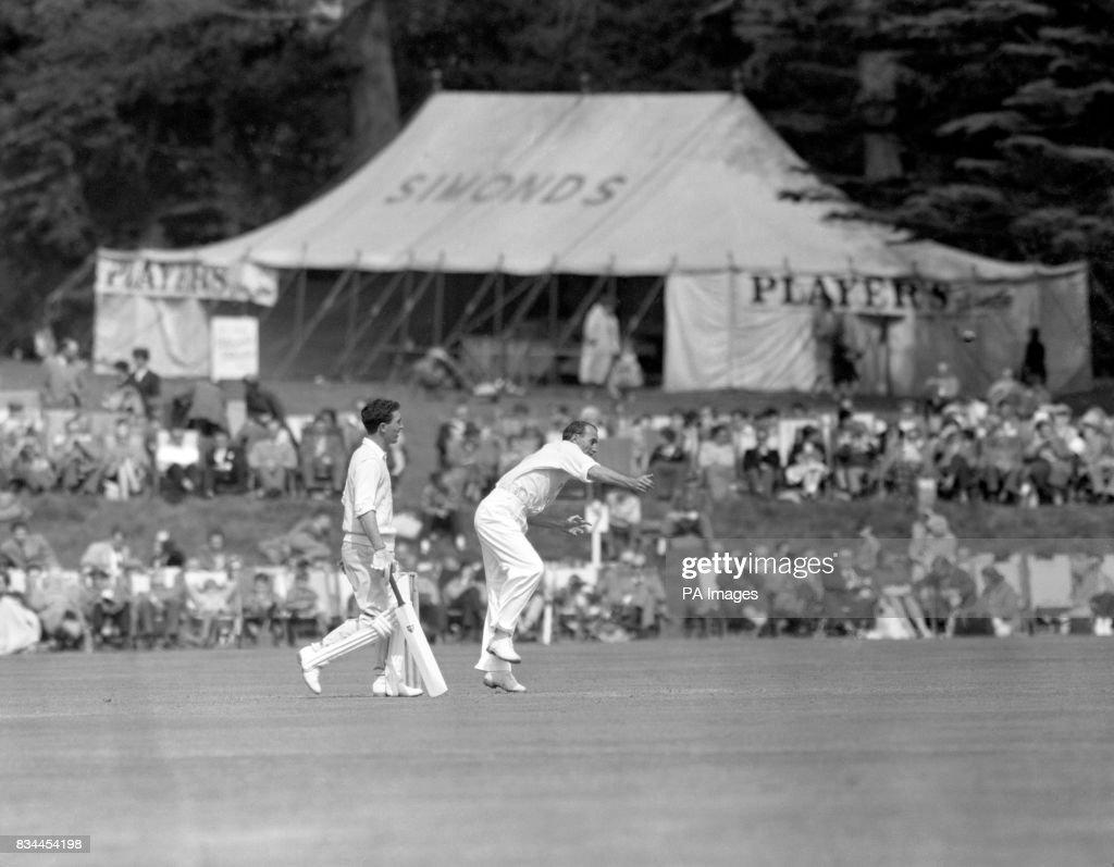 Cricket - Duke of Norfolk's XI v South Africans - Arundel Castle Cricket Club Ground : News Photo