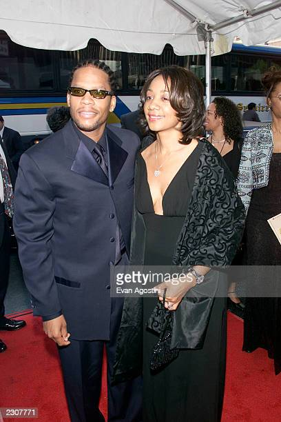 DL Hughley with wife Ladonna attend the Essence Awards 2001 at Madison Square Garden in New York City Photo Evan Agostini/ImageDirect
