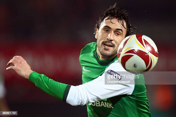 Hugo Almeida of Bremen in action during the UEFA Europa League knockout round first leg match between FC Twente Enschede and SV Werder Bremen at De...