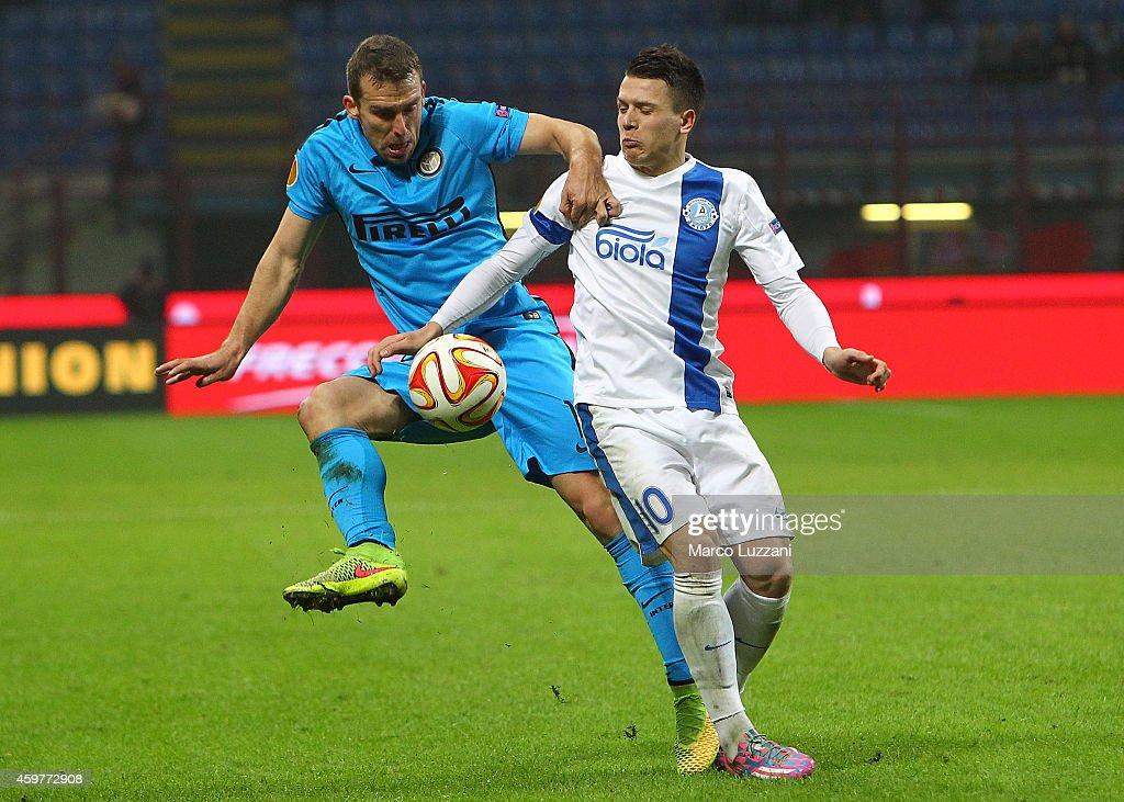 FC Internazionale Milano v FC Dnipro Dnipropetrovsk - UEFA Europa League : News Photo