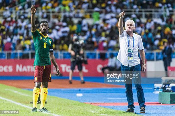 Hugo Broos head coach of Cameroon and Benjamin Moukandjo of Cameroon during the African Nations Cup match between Cameroon and Gabon at Stade de...