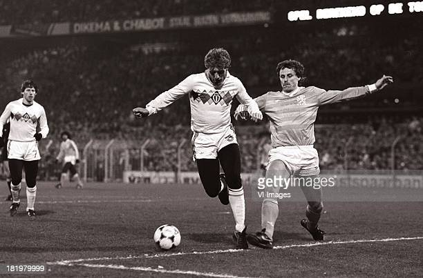Hugo Broos Peter Houtman during the World Cup qualifying match between Netherlands and Belgium on November 20 1985 at the Kuip stadium in Rotterdam...