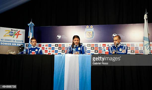 Hugo Campagnaro Martin Demichellis and Pablo Zabaleta attend a press conference at Ezeiza Training Camp on May 31 2014 in Ezeiza Argentina