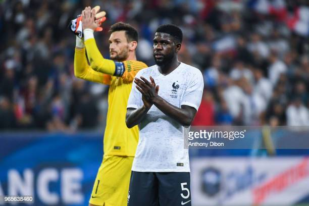 Hugo Lloris and Samuel Umtiti of France during the International Friendly match between France and Italy at Allianz Riviera Stadium on June 1 2018 in...