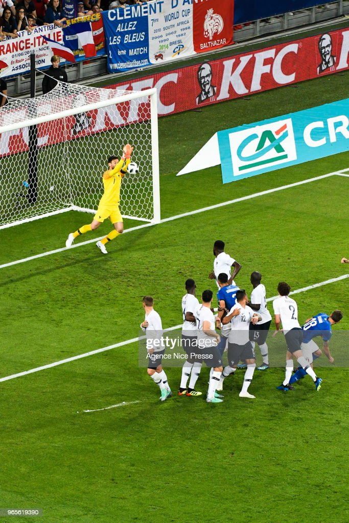 France v Italy - International Friendly match : Photo d'actualité