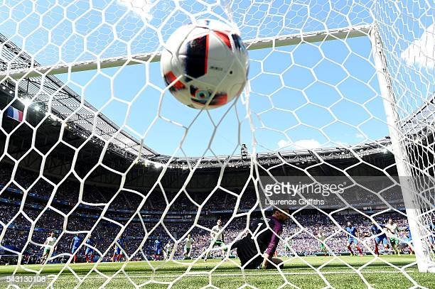 Hugo Lloris of France dives in vain as Robbie Brady of Republic of Ireland scores his team's first goal from the penalty spot during the UEFA EURO...