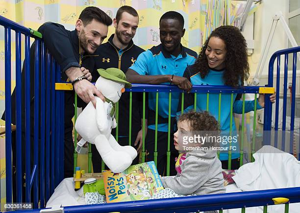 Hugo Lloris Pau Lopez Moussa Sissoko and Leah Rawle of Tottenham Hotspur hand out presents to patients at Whipps Cross Hospital on December 21 2016...