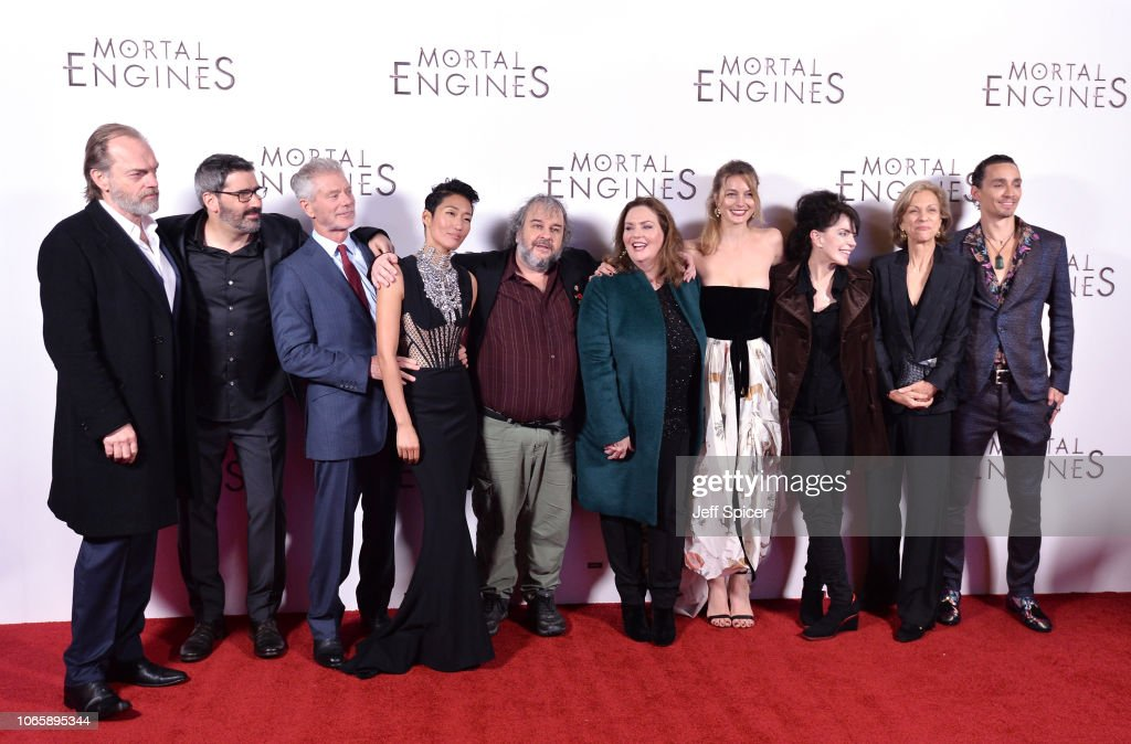 """World Premiere Of """"Mortal Engines"""" : News Photo"""