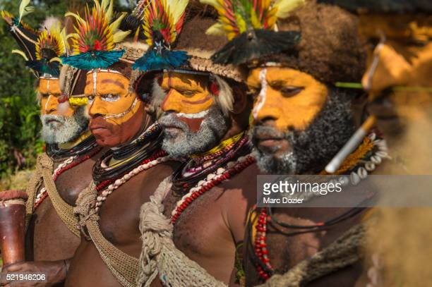 Huli traditional group