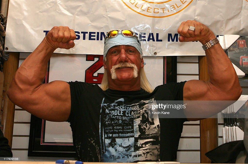 Hulk Hogan Autograph Appearance