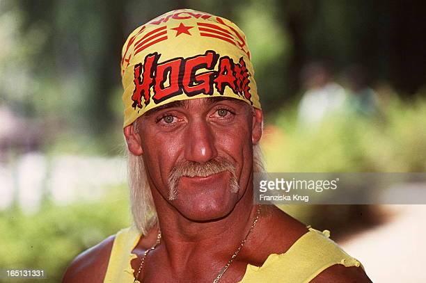 Hulk Hogan WrestlingStar Kommt Am 070994 Nach Bad Segeberg Porträt