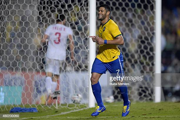 Hulk of Brazil celebrates a goal against Serbia during the International Friendly Match between Brazil and Serbia at Morumbi Stadium on June 06 2014...