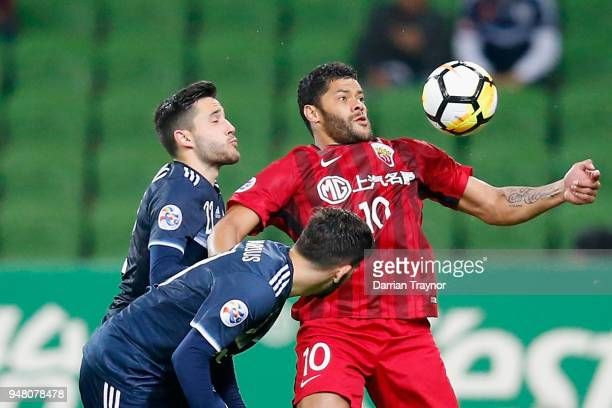 Hulk of Shanghai takes on the defence during the AFC Champions League match between Melbourne Victory and Shanghai SIPG at AAMI Park on April 18 2018...