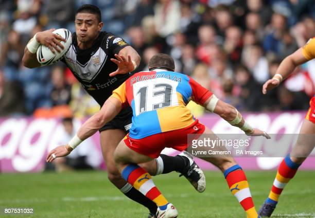 Hull FC's Richard Horne and Harlequins' Rob Purdham during the Engage Super League Match at Murrayfield