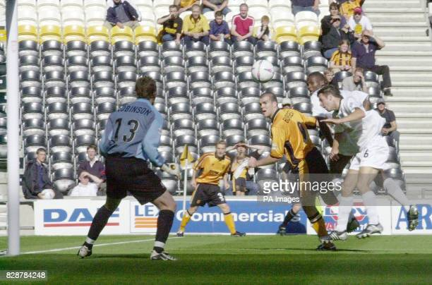 Hull's Ben Burgess gets a header on target only to see his effort blocked by Southend's goalie Bryan Robson, during their Nationwide Division Three...
