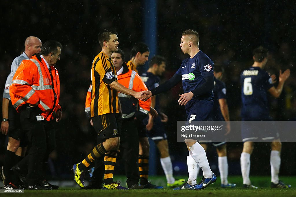 Southend United v Hull City - FA Cup Fourth Round : News Photo